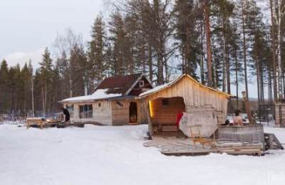 camp-base-flarken-chien-traineau-laponie-suede