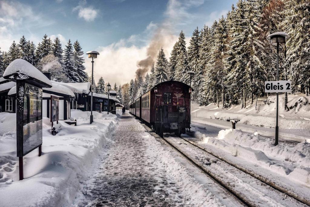 Train en hiver en Laponie
