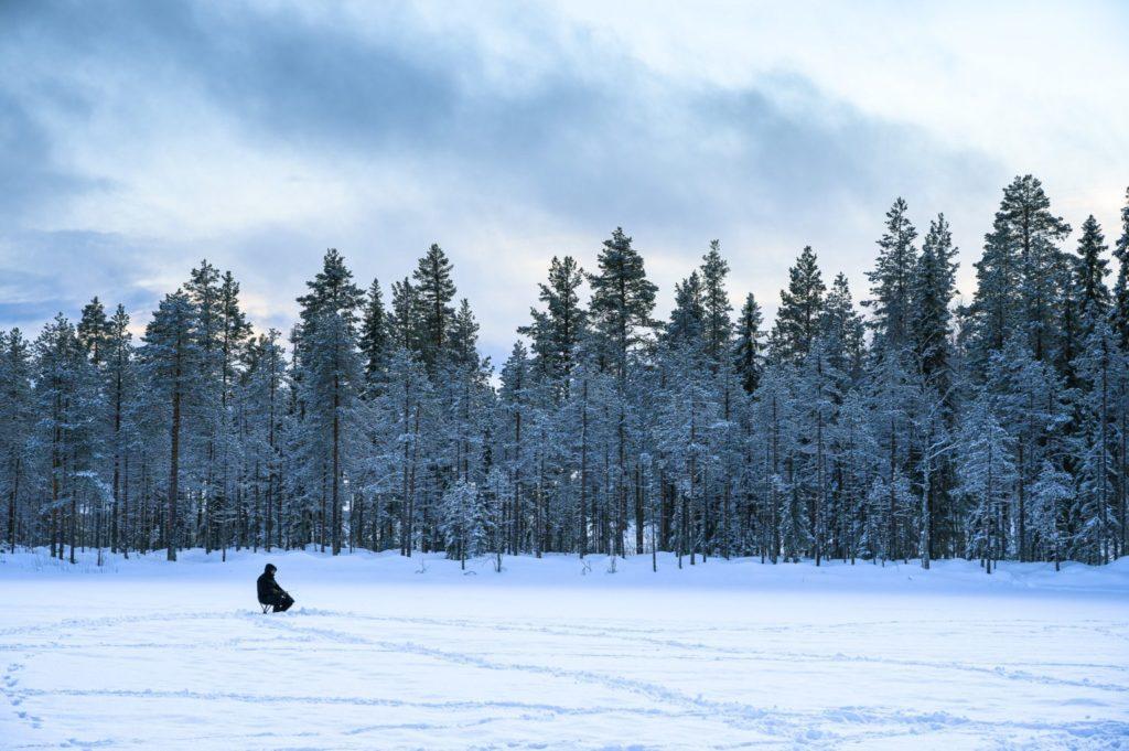 Pêche blanche en Laponie suédoise