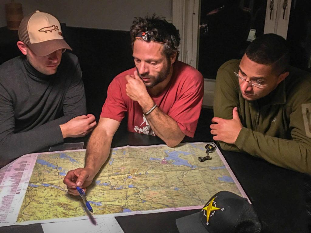 Planification du séjour de pêche en Laponie suédoise avec le groupe