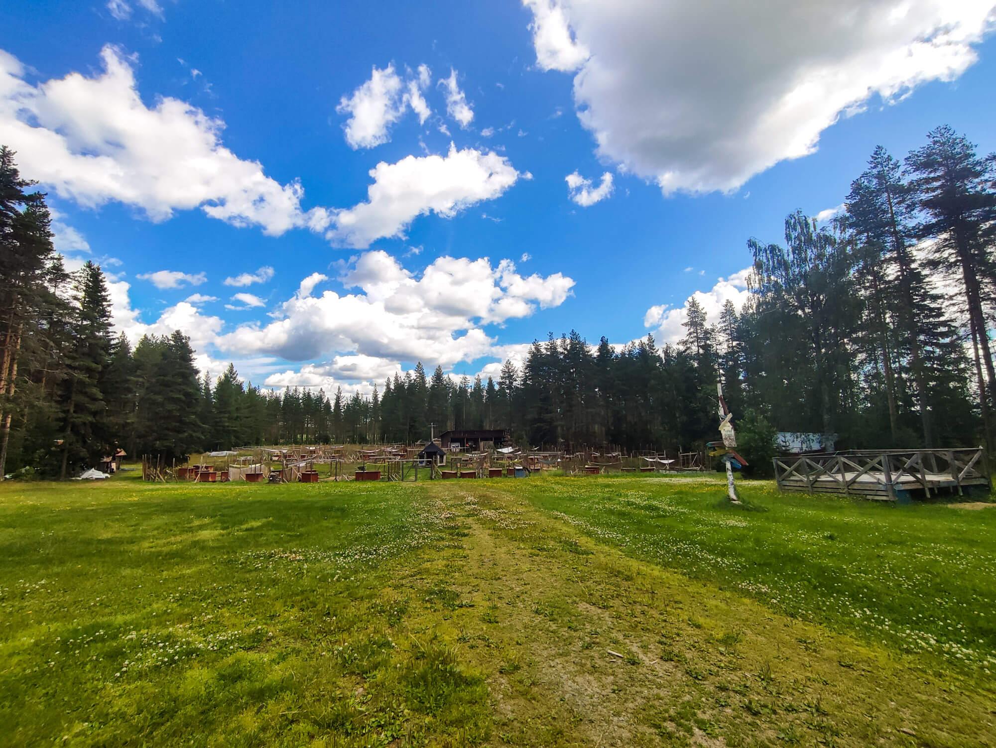 Chenil de Flarken Adventure en ete en Laponie Suedoise